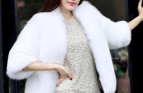Mix áo khoác lông đẹp thế nào để đúng mốt?