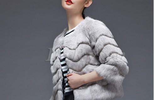 Áo lông thú Hàn Quốc được ưa chuộng nhất hiện nay