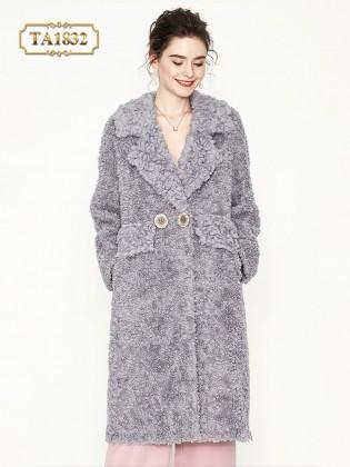 Áo khoác lông xù oversize với túi có nắp thời trang TA1832