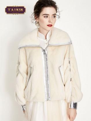 Áo khoác lông dáng ngắn tay bo da túi kéo khóa dọc thân TA1838